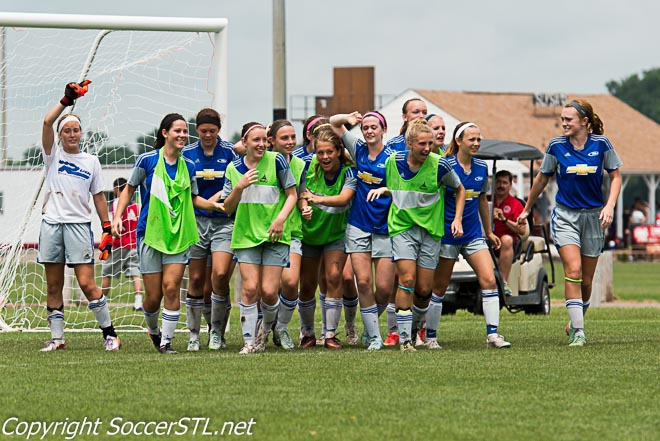 Missouri Rush Menendez 98-99 Girls Win Region 2 Presidents Cup, Advance to Nationals