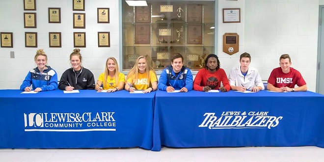 lewis-and-clark-cc-soccer-nextlevel-2017